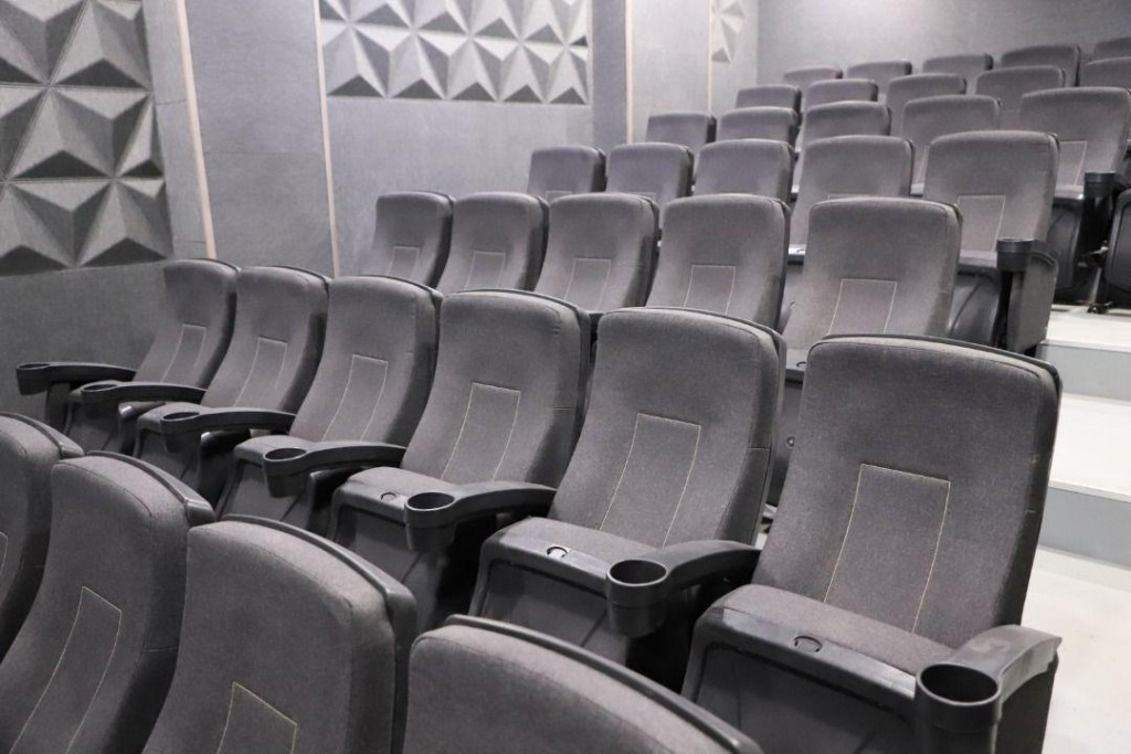 cinema iran uromie (1)