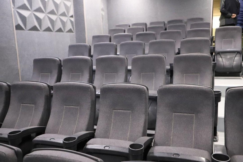 cinema iran uromie (14)